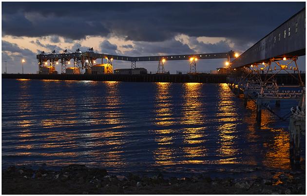 wallaroo jetty late evening