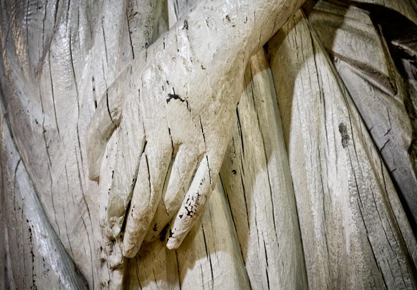hand-of-figurehead
